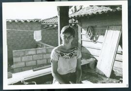 An unidentified woman sitting outside. Honduras, ca. 1985.